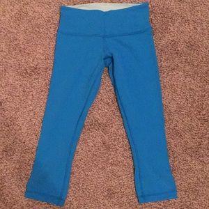 Bright blue reversible lululemon leggings size 4